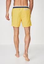 Cotton On - Swim short - yellow & navy