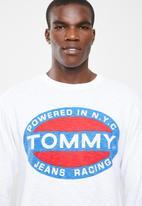 Tommy Hilfiger - Heavy long sleeve logo tee - white