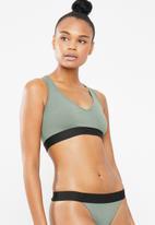 Superbalist - V-neck casual bra 2 pack - pink & green