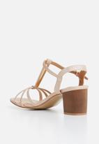 Butterfly Feet - Ankle strap heels - gold