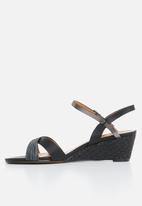 Butterfly Feet - Nalayka wedges - black
