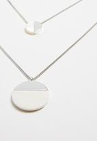 Superbalist - Circle layered necklace - silver & white
