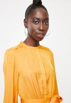 Vero Moda - Sandra long sleeve dress - yellow