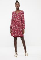 Vero Moda - Becca long sleeve short dress - red