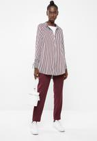 Vero Moda - Decadent long sleeve shirt - blue & burgundy