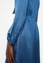 Vero Moda - Wonda long sleeve dress - blue