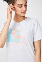 Cotton On - Disney Mickey never out of style T-shirt  - grey