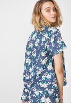 Cotton On - Woven shirt beautiful bloom dark storm - blue