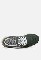 New Balance  - 247v2 T3 Core Vintage - green