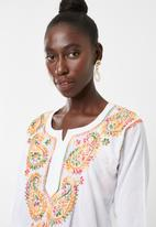 Lithe - Embroidered  kaftan - white