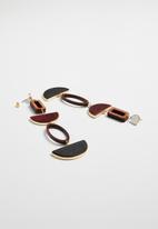 Superbalist - Wooden statement earrings- burgundy & black