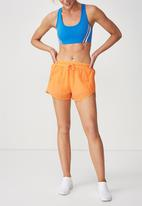 Cotton On - Crinkle jogging shorts - orange