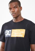 DC - Vertical zone cotton tee - black