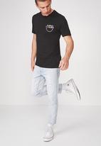Cotton On - Seen in colour Tbar tee  - black