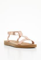 Butterfly Feet - Reese T-bar sandals - pale pink