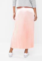 Vero Moda - Jasmine high waist maxi skirt - peach
