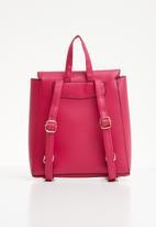 New Look - Sleek mini backpack - pink