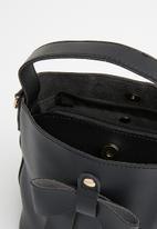 Joy Collectables - Bow detail bag - black