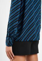 Vero Moda - Wrill long sleeve bow blouse  - blue & black