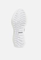 adidas Performance - Alphabounce beyond - white & grey