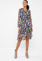 Vero Moda - Betty 3/4 wrap dress - multi