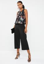 Vero Moda - Cheer Hanna sleeveless blouse - multi