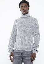 Superbalist - Chunky textured roll neck knit - grey