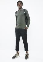 Only & Sons - Stan long sleeve fitted polo - green
