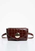 Superbalist - Tortoise shell strap clutch bag - brown