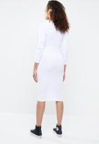 Missguided - Ribbed popper midi dress - white
