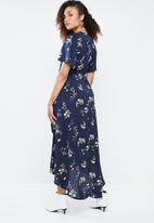 Missguided - High low wrap front midi tea dress - blue
