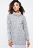 Superbalist - Cable knit chunky - grey