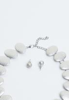 Joy Collectables - Statement necklace & earrings set - silver