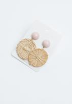 Joy Collectables - Woven earrings - beige & pink