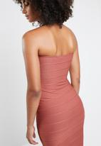 Missguided - Bandeau bandage midi dress - rust