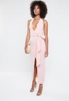Missguided - Plunge tie waist maxi dress - pink