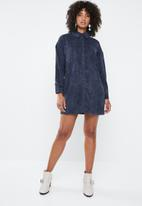 Missguided - Oversized shirt dress corduroy - navy
