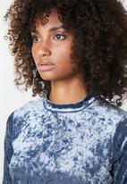 Missguided - Velvet loungewear tracksuit - blue