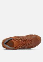 New Balance  - ML574H Classic - cognac