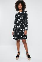 Vero Moda - Zitta long sleeve dress - black