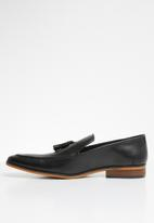 Superbalist - Joni leather loafer - black