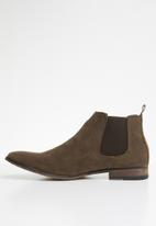 Superbalist - Chelsea boot with back pull tab - brown