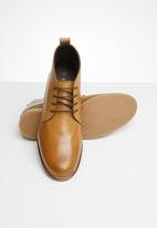 Superbalist - Chase leather desert boot - tan
