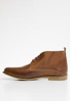 Superbalist - Chase leather desert boot - brown