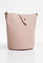 Vero Moda - Lira small bucket bag - pink