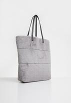 New Look - Oversized faux fur tote - grey & black