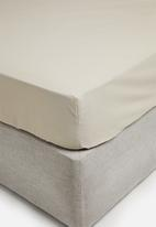 Sixth Floor - Polycotton fitted sheet - taupe