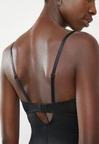 Easy Curves Shapewear - Control bodysuit - black