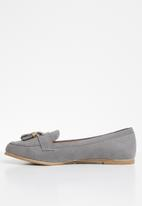 New Look - Wide fit slip on - grey