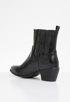 Public Desire - Beetle low heel western ankle boot - black